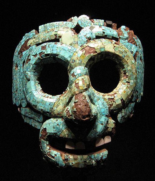 Mixtecka maska Quetzalcoatla inkrustowana jadeitem z Muzeum Brytyjskiego w Londynie