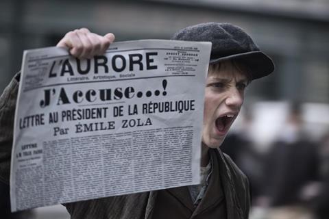 """Sprawa Dreyfusa była jedną z najgłośniejszych afer we Francji. To właśnie o niej opowiada film """"Oficer i szpieg"""""""