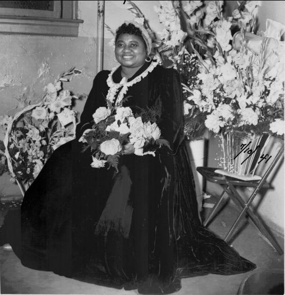 Hattie McDaniel pierwsza Afroamerykanka w historii nagrody