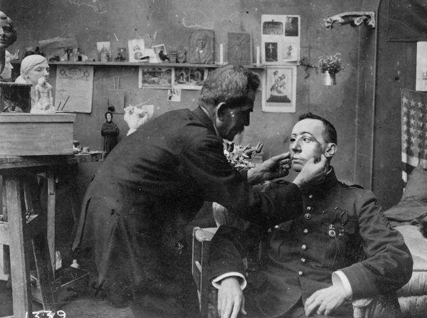 Praca nad stworzeniem zindywidualizowanej maski dla rannego żołnierza
