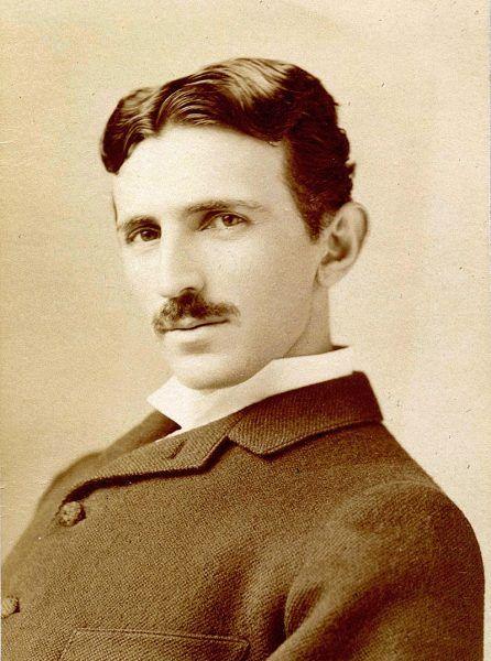 Tesla pracował m.in. nad odpowiednikiem dzisiejszych smartfonów!