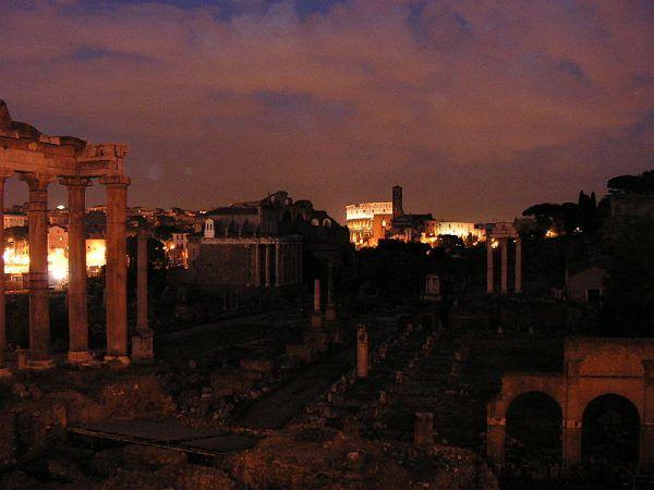 Forum Romanum – pozostałości po dawnej stolicy cesarstwa rzymskiego