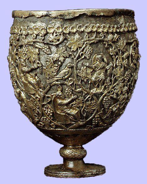 Pięknie zdobiony kielich z Antiochi