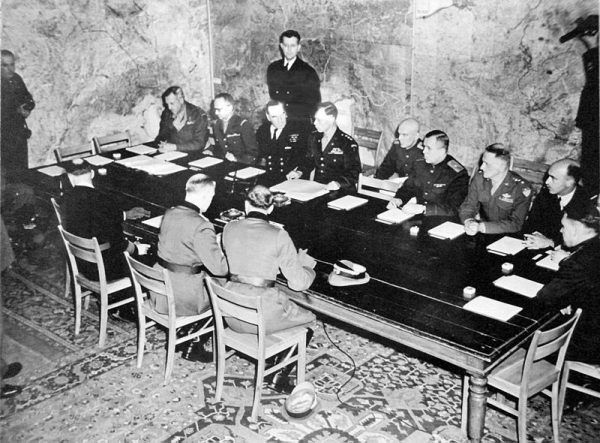 Podpisanie aktu kapitulacji