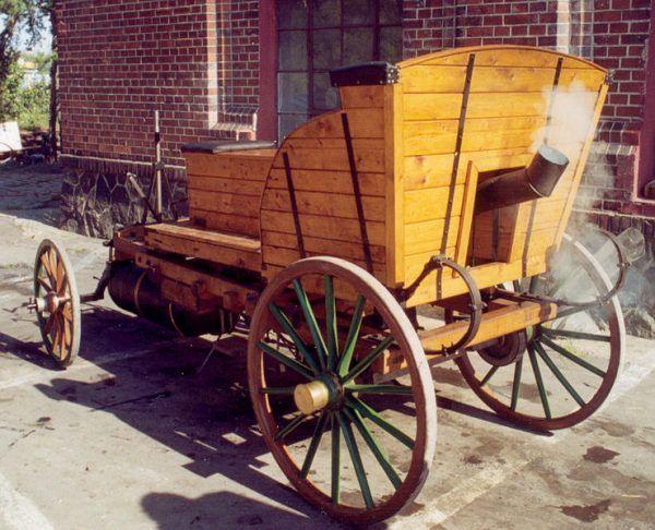 Replika pojazdu parowego Józefa Bożka