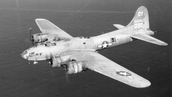 Załogę Boeinga B 17 uratowali polscy partyzanci. Zdjęcie poglądowe