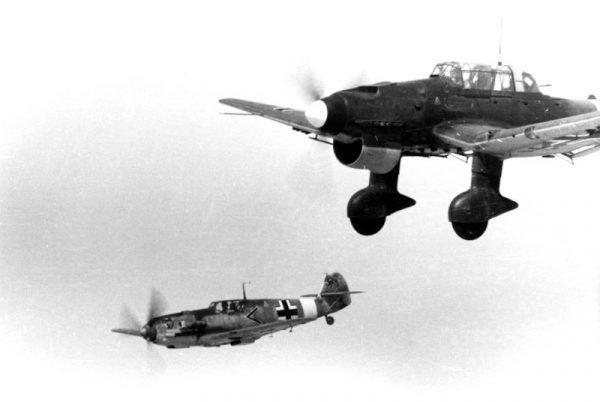 Bf 109E i Ju 87B w 1941 roku. Zdjęcie poglądowe