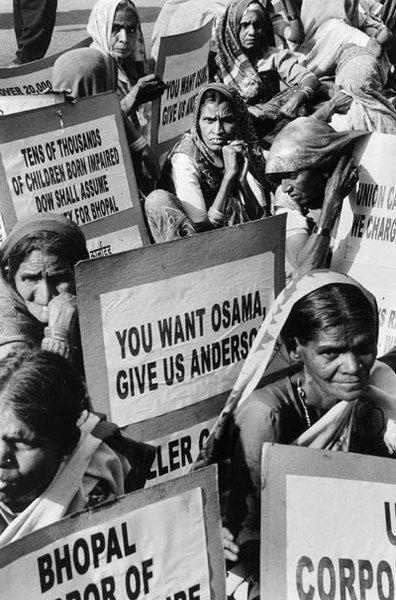 Protest ofiar katastrofy w Bhopal