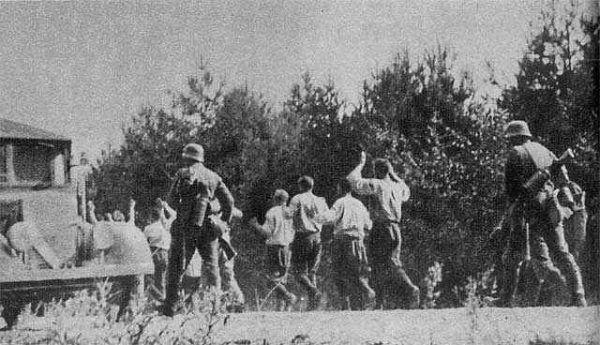 Zachodni politycy otrzymywali informację o zbrodniach na terenach okupowanych przez Niemcy, ale długo podważali ich skalę.