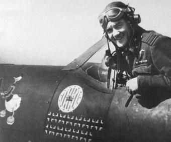 """Jan Zumbach, ps. """"Kaczor Donald"""", """"Johan"""" – podpułkownik dyplomowany pilot Wojska Polskiego, podpułkownik Królewskich Sił Powietrznych"""