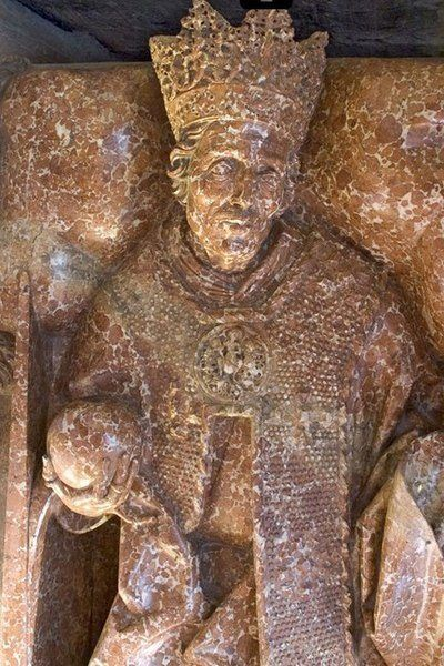 Fragment nagrobka Kazimierza IV dłuta Wita Stwosza w katedrze wawelskiej