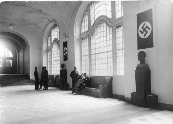 Wnętrze siedziby Gestapo w Berlinie (1934)