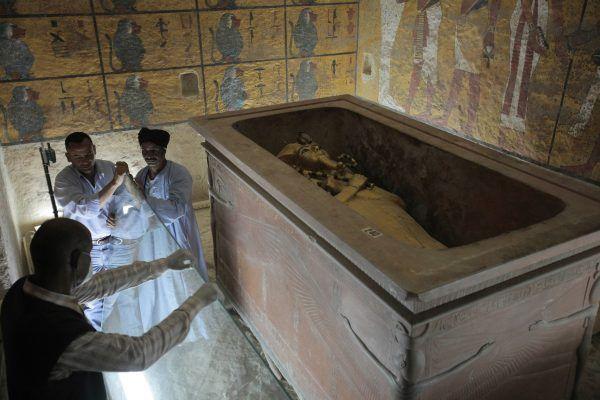 Powszechnie wiadomo, że piramidy były grobowcami faraonów, jednak w starożytnym Egipcie grób władcy był czymś dużo więcej niż miejscem jego wiecznego spoczynku.