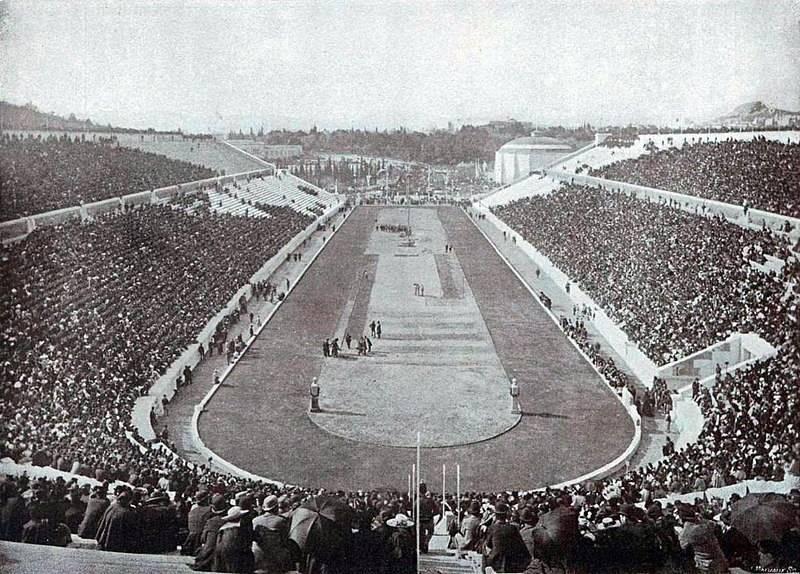 Pierwsze nowożytne igrzyska olimpijskie zgromadziły tłumy.