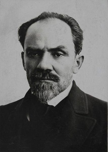 Żeromski apelował, żeby rozbrajanie garnizonu austriackiego zaplanować tak, by ograniczyć groźbę rozlewu krwi.