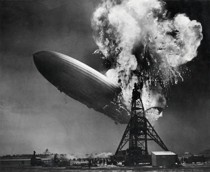 Hindenburg w płomieniach