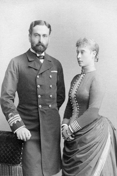 Jako że był przystojny oraz szarmancki, Ludwik zwracał na siebie uwagę kobiet.