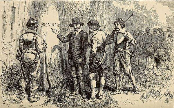 Po kolonistach pozostały jedynie wyryte w drewnie litery CRO, rozwijane jako CROATOAN.