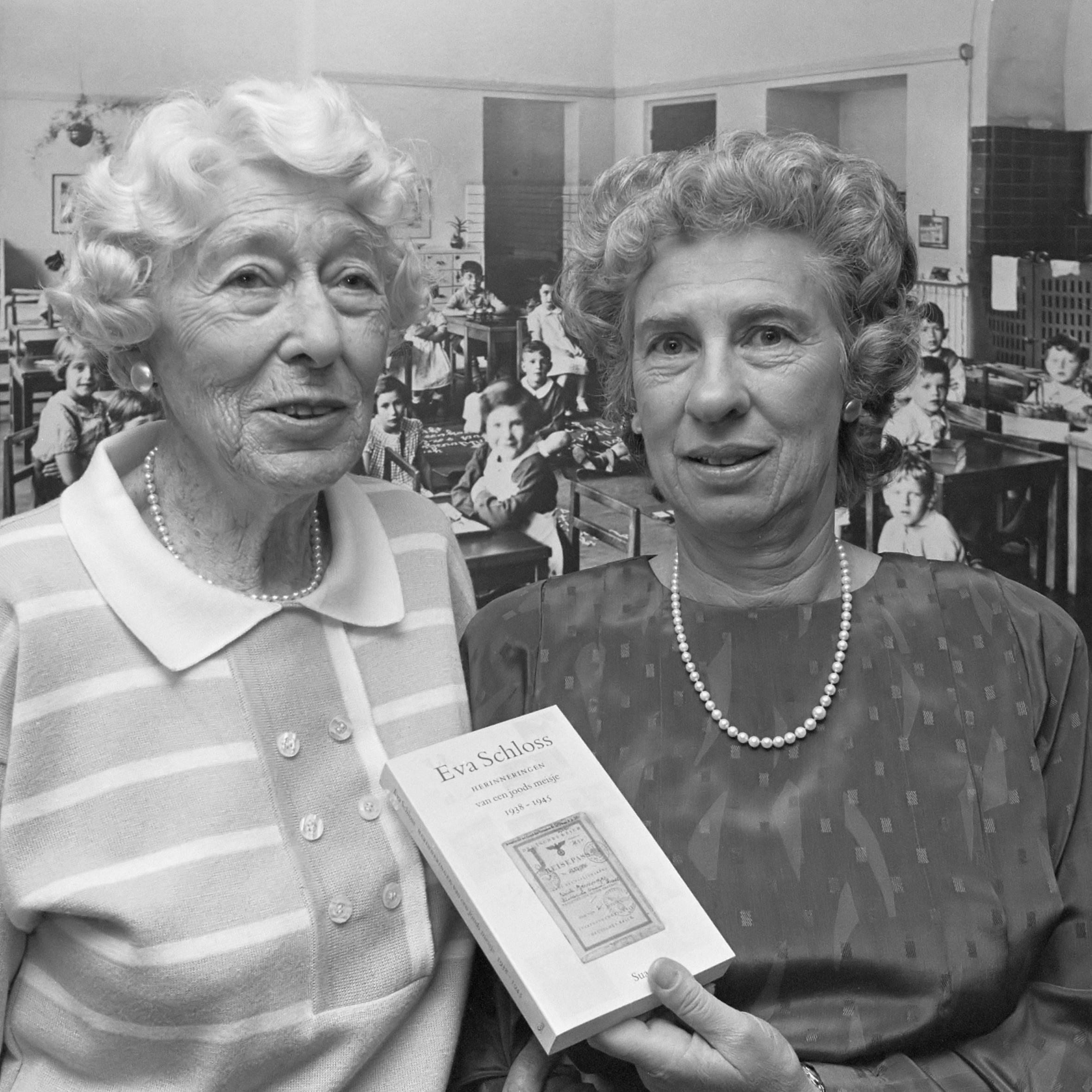 Eva Schloss z matką, rok 1989