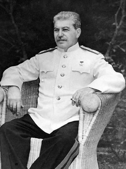 W przemówieniu Churchill nazwał Stalina człowiekiem o potężnej, wyjątkowej osobowości.