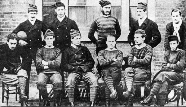 Drużyna Royal Engineers, która zagrała w finale FA Cup w 1872 roku, pierwszej edycji tych rozgrywek.
