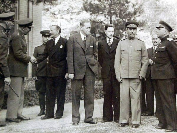 W Teheranie ustalono m.in. przebieg powojennej granicy Polski na wschodzie