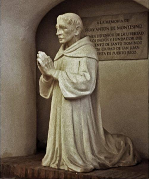 Dominikanin Antonio de Montesinos wygłosił kazanie, w którym oskarżał hiszpańskich konkwistadorów o straszne zbrodnie wobec Indian