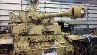 Panzer IV w Bastogne Barracks