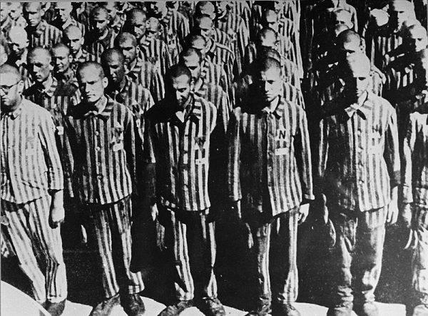 Holenderscy Żydzi w obozie w Buchenwaldzie