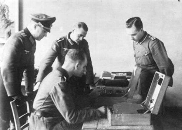 Niemcy wciąż nie zdawali sobie sprawy, że kod Enigmy został złamany.