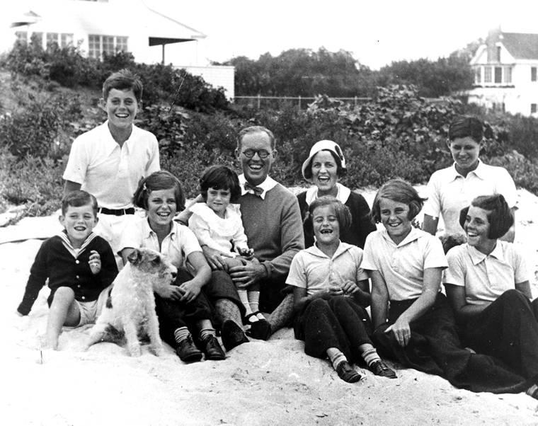 Rodzina Kennedych w Hyannis Port w 1931 roku
