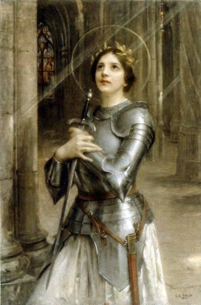 30 maja 1431 roku spłonęła na stosie. W momencie śmierci miała na sobie białą suknię.