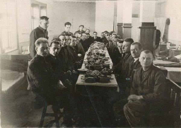 Więzień gułagu otrzymywał dziennie 60 gramów mięsa. Dla porównania: obozowe psy strażnicze dostawały prawie pół kilograma