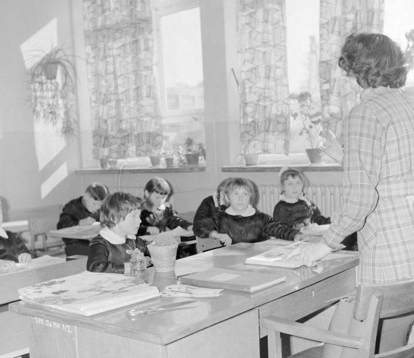 Sędziowie uznali, że rozdział Kościoła od państwa nie został naruszony, ponieważ MEN jedynie udostępnia pomieszczenia szkół do nauki religii.