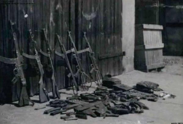 W porównaniu do okupacji hitlerowskiej na plus w działalności podziemia zmieniło się tylko jedno – dostęp do broni.