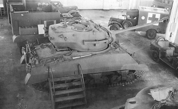 Produkcja seryjna rozpoczęła się w listopadzie 1944 roku i była prowadzona w gorączkowym tempie, by czołgi mogły jeszcze wziąć udział w walkach w Europie.