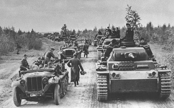 Panuje przekonanie, że Niemców pokonały olbrzymie odległości. To część prawdy.