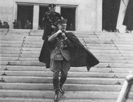 Czy największym wrogiem Adolfa Hitlera był on sam?