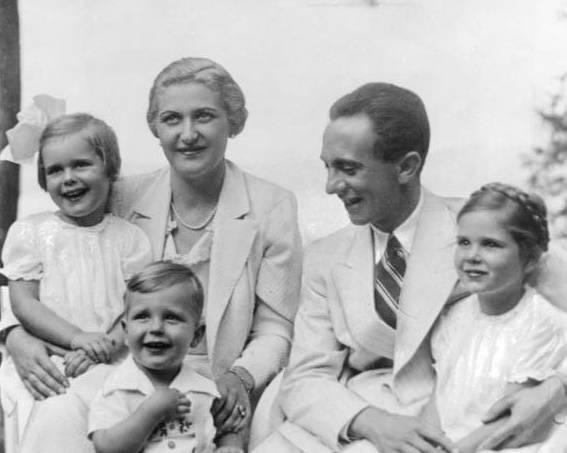 Na pierwszy rzut oka tworzyli małżeństwo idealne. Jednak prawda o życiu prywatnym Josepha Goebbelsa i jego żony wyglądała zgoła inaczej.