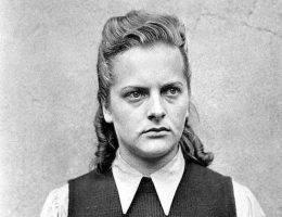 Więźniowie nazywali ją Aniołem Śmierci, Piękną Bestią czy Jędzą z Belsen.