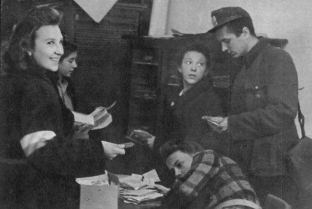 """""""Uporządkowaniem odcinka walki czynnej"""", czyli prowadzeniem akcji dywersyjno-sabotażowych zajmowały się w Armii Krajowej również kobiety"""