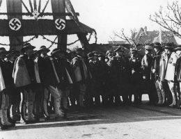 Jesienią 1939 roku delegacja górali złożyła hołd wiernopoddańczy przed Hansem Frankiem. Za kolaboracją z hitlerowcami stało kilka wpływowych rodzin.