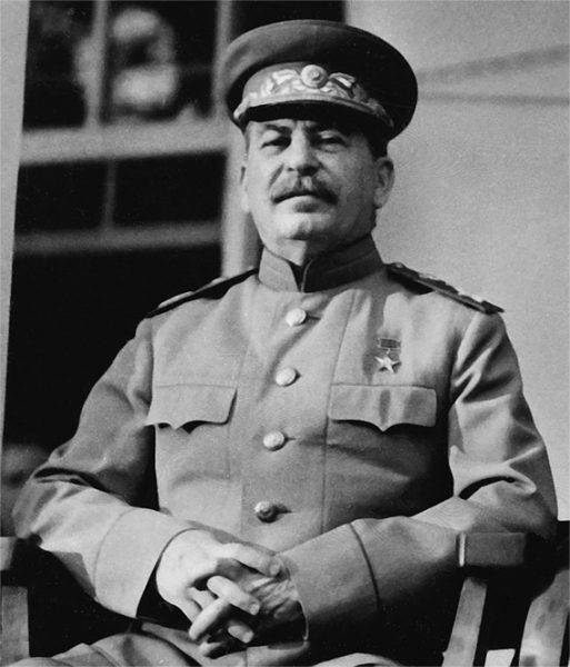 Zaskoczenie, a potem ulga Stalina były ponoć bezgraniczne. Wkrótce znów był sobą. Czyli wodzem i dyktatorem.