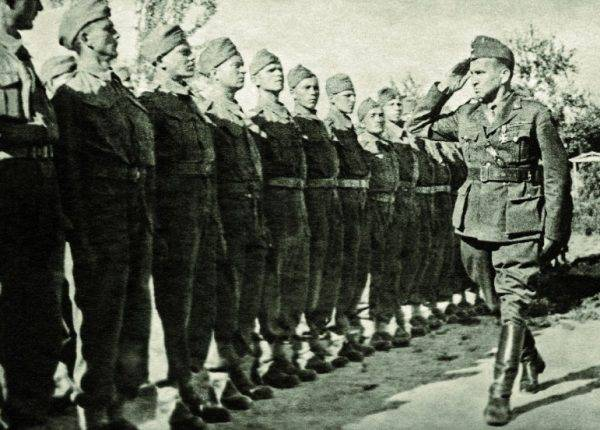 Generał Okulicki uchodził za człowieka niezłomnego.