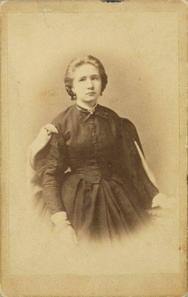 W 1861 roku Henryka pojechała do Lublina, by wraz z koleżankami z tamtejszego Instytutu dla Szlachetnie Urodzonych Panien wziąć udział w żałobnej manifestacji na cześć poległych w Warszawie.