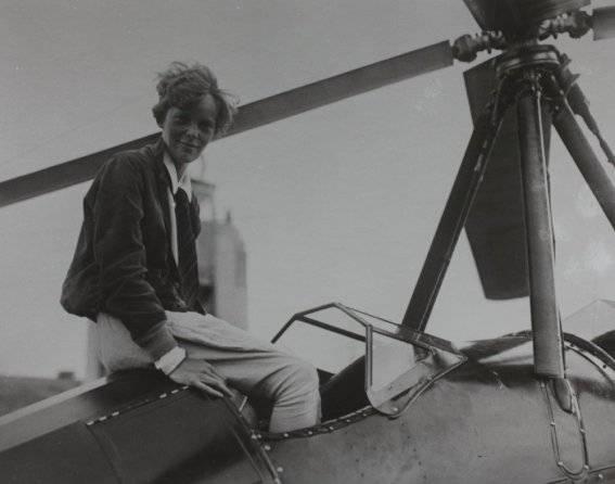 Wielu wierzyło, że Noonan i Earhart wiedli życie niczym Robinson Crusoe.